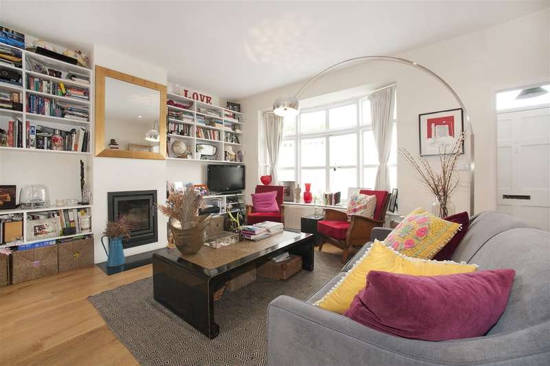 2 Bedrooms House for sale in Wellesley Avenue, Hammersmith
