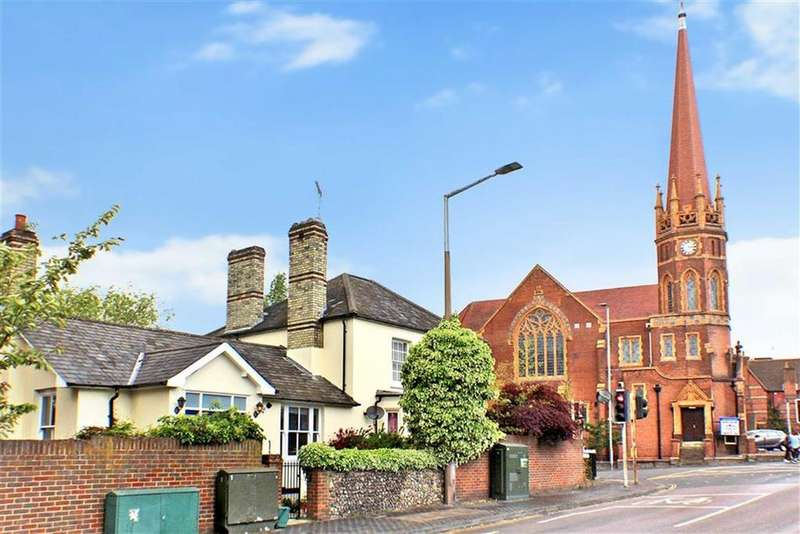 2 Bedrooms Flat for sale in Midland Place, St Albans, Hertfordshire