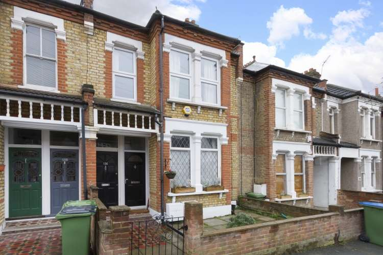 1 Bedroom Maisonette Flat for sale in Eastcombe Avenue Charlton SE7