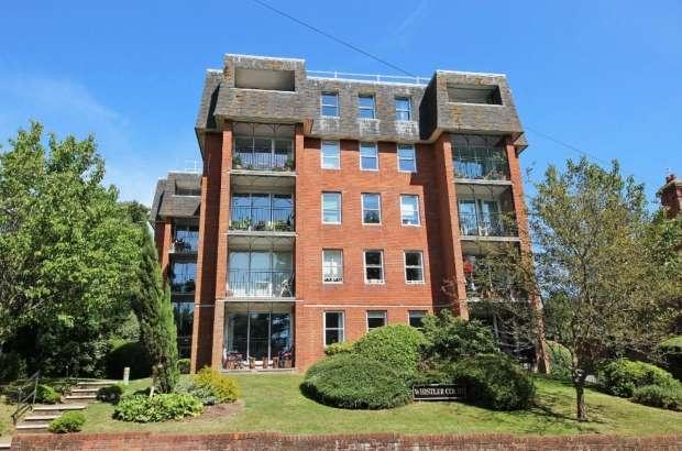 2 Bedrooms Apartment Flat for sale in Preston Park Avenue Brighton