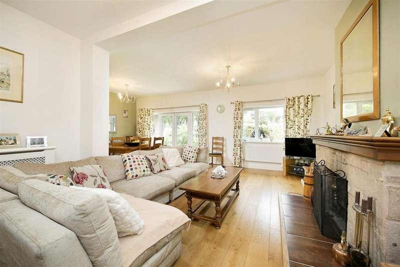 4 Bedrooms Detached House for sale in Twickenham