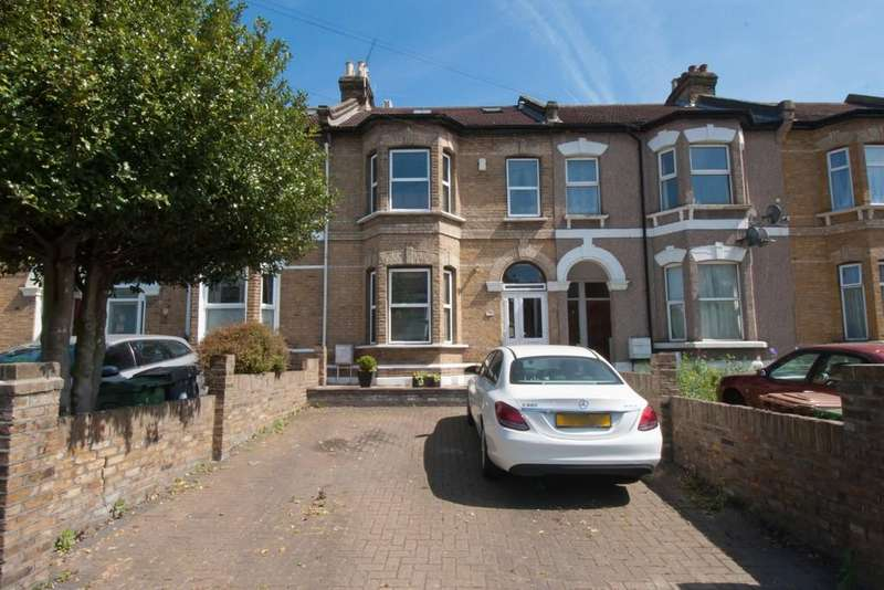 5 Bedrooms Terraced House for sale in Fairlop Road, Leytonstone
