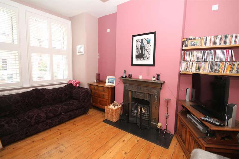 2 Bedrooms Property for sale in Mount Pleasant Road, London N17