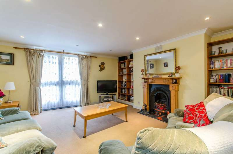 2 Bedrooms Flat for sale in Minet Road, Brixton, SW9