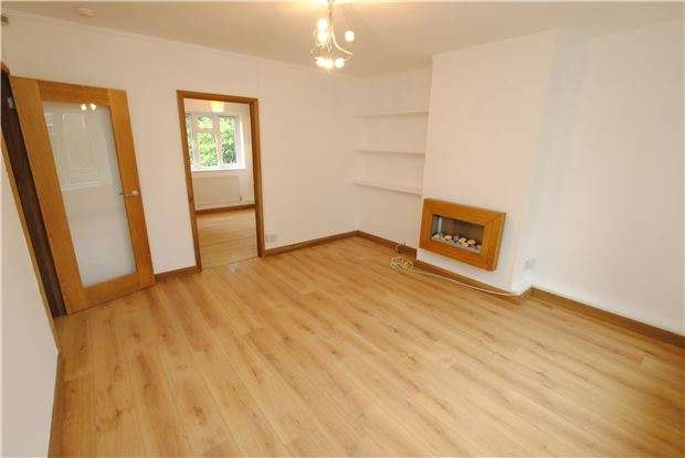 1 Bedroom Flat for sale in Molesworth Close, Withywood, Bristol, BS13 9BE