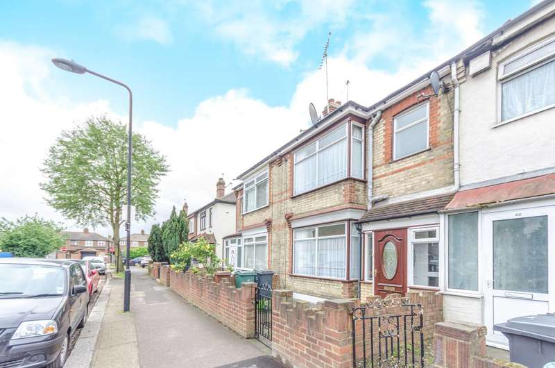 4 Bedrooms Terraced House for sale in Cecil Road, Walthamstow, E17
