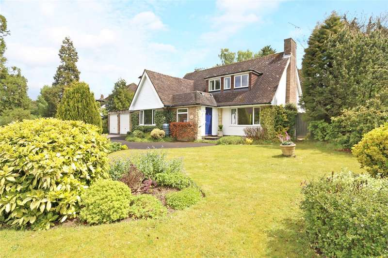 4 Bedrooms Detached House for sale in Shepherds Way, Liphook, Hampshire, GU30