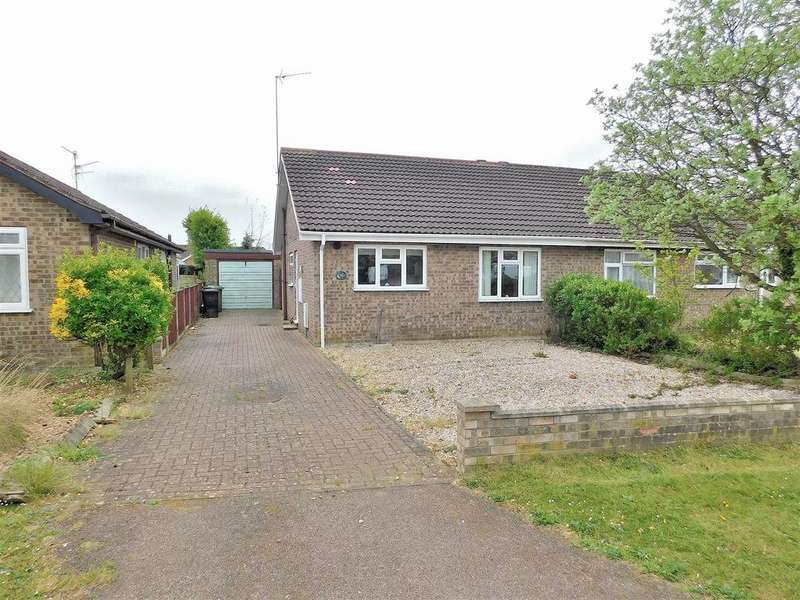 2 Bedrooms Semi Detached Bungalow for sale in Burghley Road, South Wootton, King's Lynn