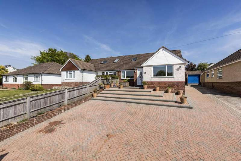 4 Bedrooms Chalet House for sale in North Road, Waterlooville PO8