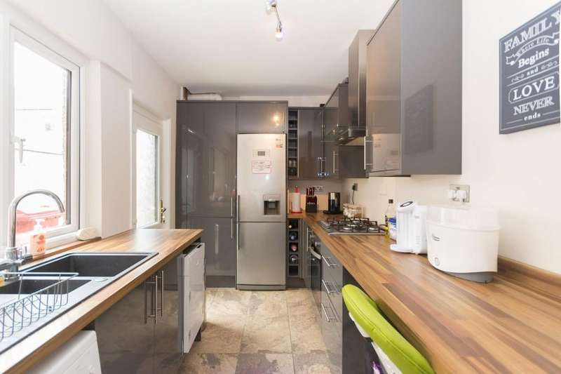 2 Bedrooms Terraced House for sale in Marsden Street, Barrow