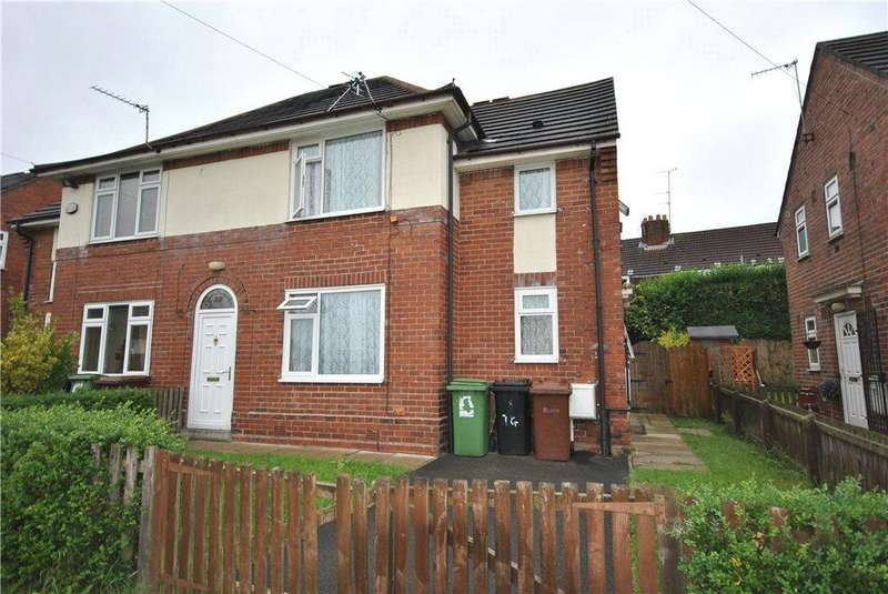 3 Bedrooms Semi Detached House for sale in Thorn Grove, Leeds
