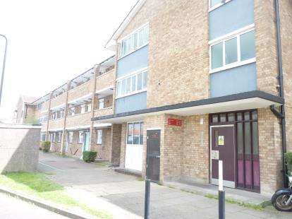 2 Bedrooms Flat for sale in Lady Margaret Road, Southall, Middlesex