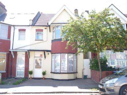 3 Bedrooms Terraced House for sale in Rosebank Avenue, Wembley