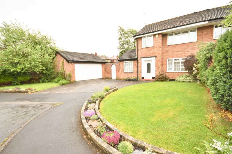 3 Bedrooms Semi Detached House for sale in BAGSTOCK AVENUE, POYNTON