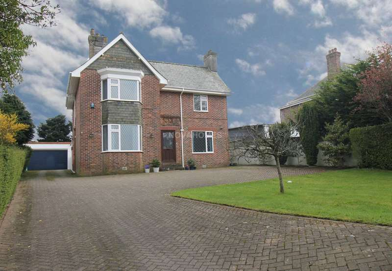 3 Bedrooms Detached House for sale in Tavistock Road, Derriford, PL6 8AL