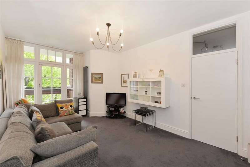 2 Bedrooms Flat for sale in Circus Lodge, London, NW8