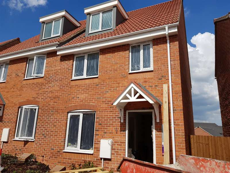 3 Bedrooms Property for sale in Kings Acre, Clipstone, Mansfield