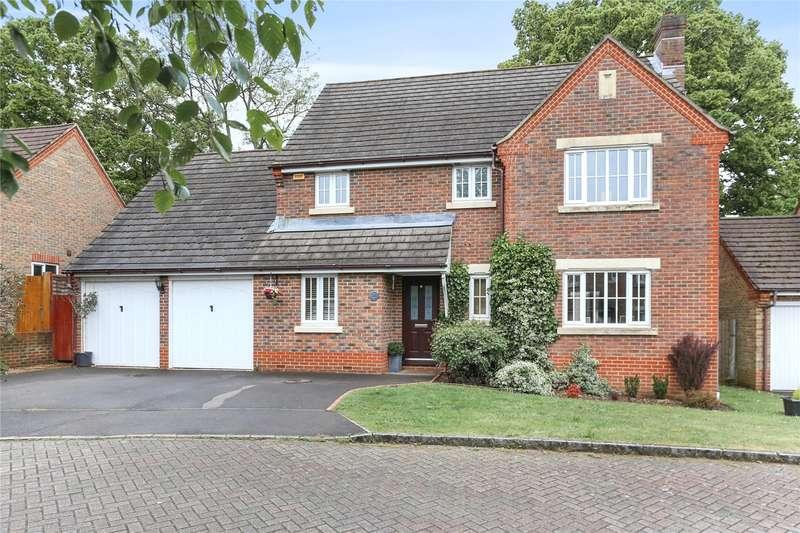 4 Bedrooms Detached House for sale in Azalea Avenue, Lindford, Hampshire, GU35