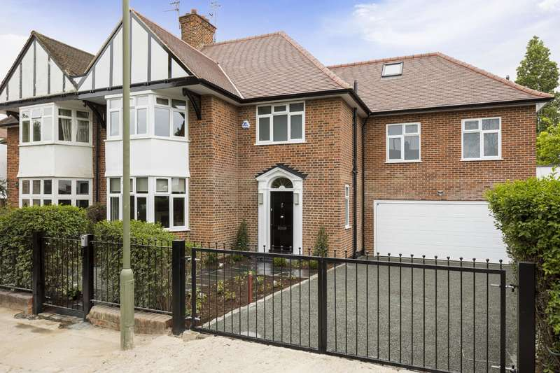 5 Bedrooms House for sale in Harman Drive, London