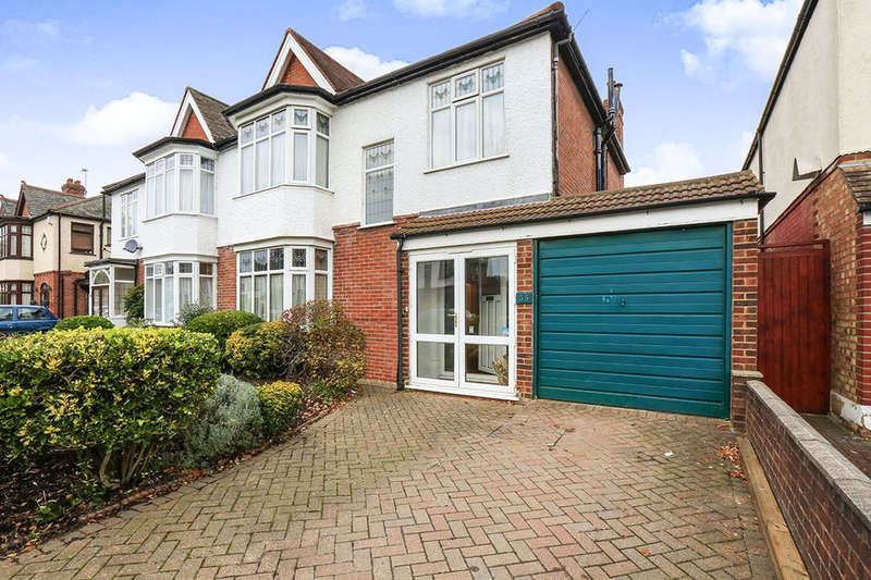4 Bedrooms Semi Detached House for sale in Crantock Road, London, SE6