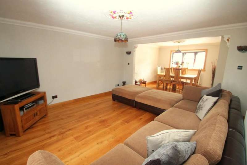 3 Bedrooms Terraced House for sale in Chelmsford