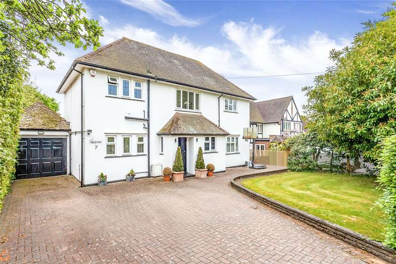 4 Bedrooms Detached House for sale in Hartsbourne Avenue, Bushey Heath, Hertfordshire, WD23