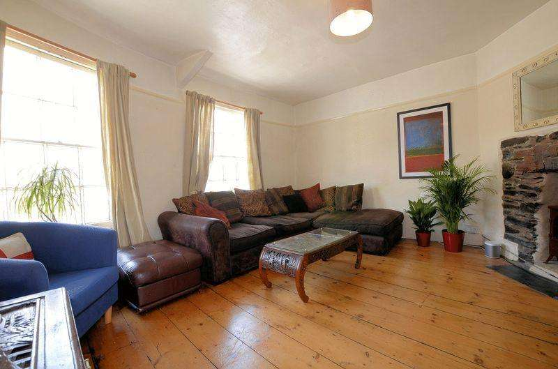2 Bedrooms Apartment Flat for sale in Brook Street, Tavistock