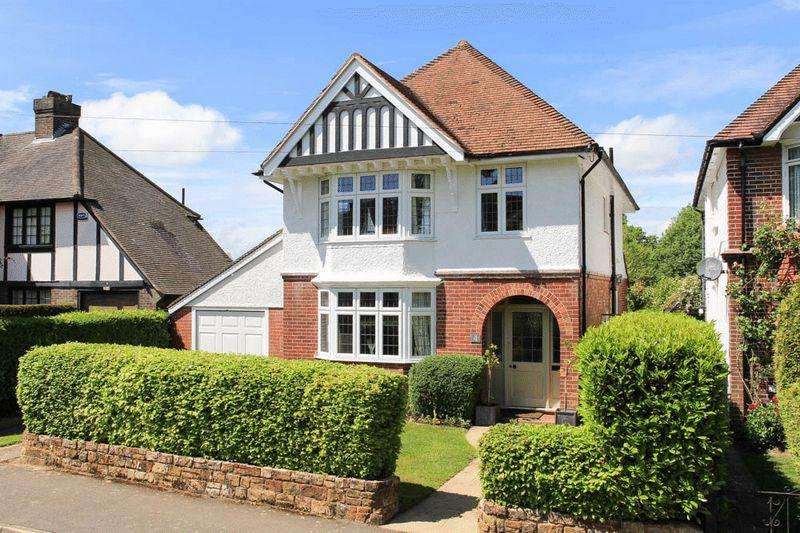 3 Bedrooms Detached House for sale in Chestnut Avenue, Tunbridge Wells