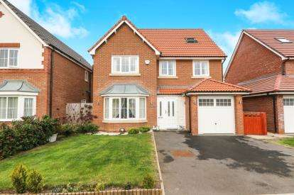 5 Bedrooms Detached House for sale in Cae Thorley, Rhyl, Denbighshire, LL18