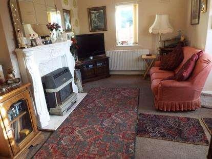 4 Bedrooms Bungalow for sale in Cranbourne Street, Bamber Bridge, Preston, Lancashire