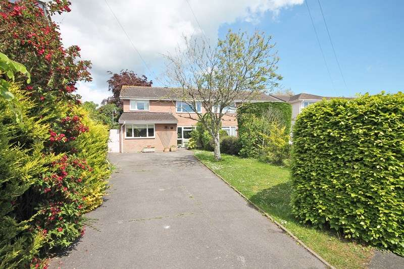 5 Bedrooms Semi Detached House for sale in Pear Tree Close, Bransgore, CHRISTCHURCH