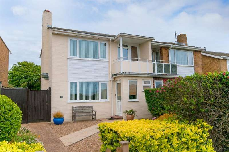 2 Bedrooms House for sale in Kingsway Court, Claremont Road, Seaford, BN25 2ND