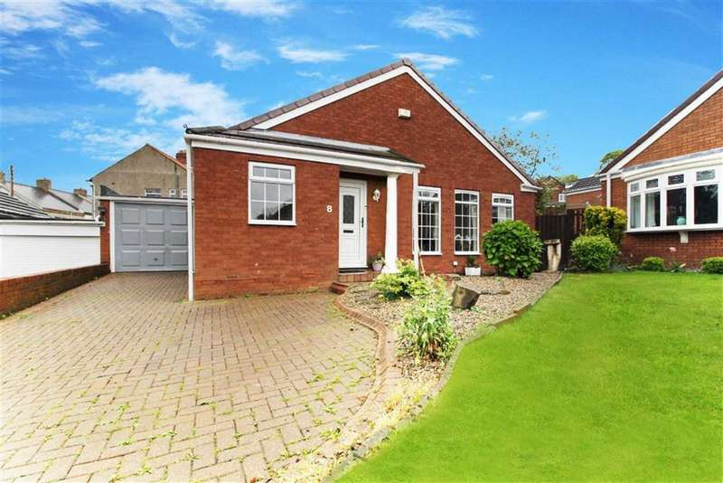 3 Bedrooms Bungalow for sale in Sandringham Drive, Whickham, Newcastle Upon Tyne