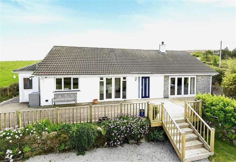 3 Bedrooms Bungalow for sale in Granny Polly Lane, Godolphin, Helston, Cornwall, TR13