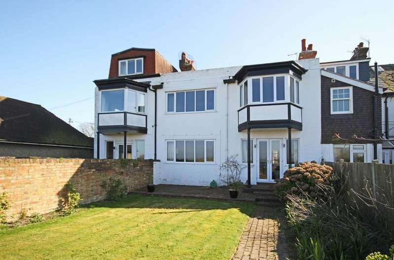 4 Bedrooms Cottage House for sale in St Andrews Road, Littlestone, Kent TN28 8RB