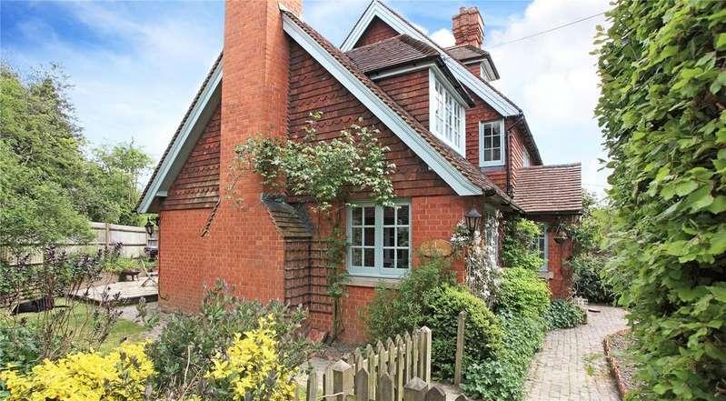 4 Bedrooms Semi Detached House for sale in Anglefield Cottages, Lamberhurst Down, Tunbridge Wells, Kent, TN3