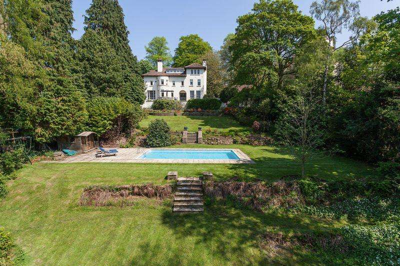 6 Bedrooms Detached House for sale in Legh Road, Knutsford
