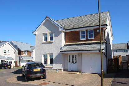 4 Bedrooms Detached House for sale in Wordie Road, Stirling