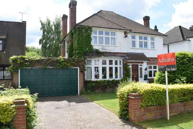 4 Bedrooms Detached House for sale in Green Close, Old Springfield, Chelmsford