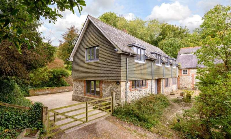 3 Bedrooms House for sale in Adsdean, Chichester, West Sussex, PO18