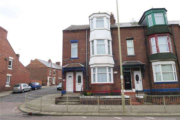4 Bedrooms Apartment Flat for sale in Thornton Avenue, South Shields