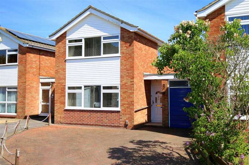 3 Bedrooms Link Detached House for sale in Flowers Close, Hamble, Southampton