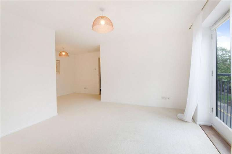 2 Bedrooms Flat for sale in Odeon Court, 5 Chicksand Street, Aldgate, London, E1