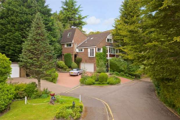 4 Bedrooms Detached House for sale in Barn Close, Radlett, Hertfordshire
