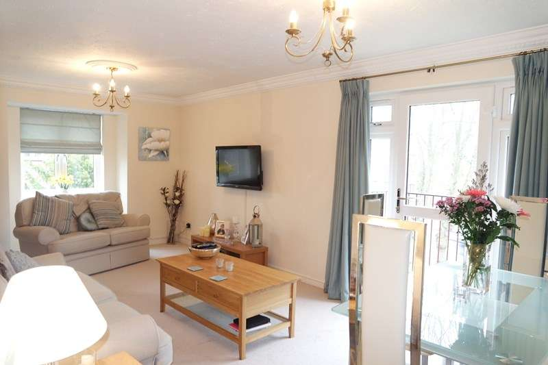1 Bedroom Flat for sale in Gloucester Road, New Barnet