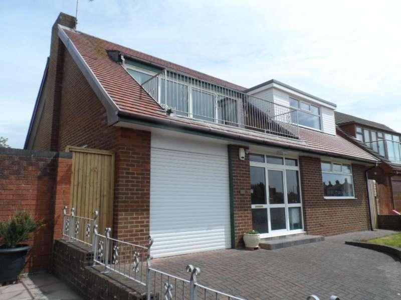 4 Bedrooms Detached Bungalow for sale in Devonshire Road, Blackpool, FY2 0JX