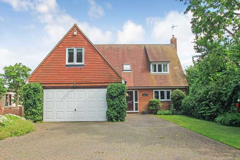 5 Bedrooms Detached House for sale in Chequers Lane, Pitstone