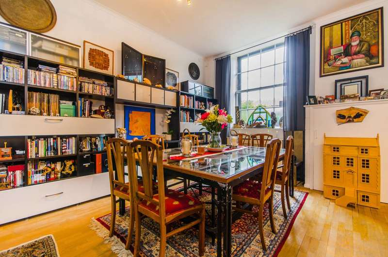3 Bedrooms Flat for sale in Limehouse Cut, Limehouse, E14
