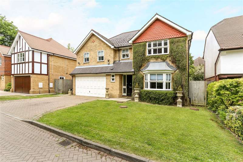 5 Bedrooms Detached House for sale in Holm Grove, Uxbridge, Middlesex, UB10