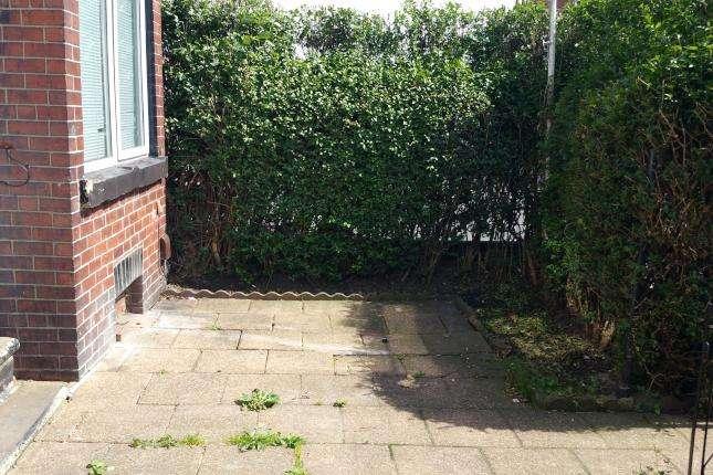 4 Bedrooms Terraced House for sale in Cross Flatts Crescent, Leeds, LS11 7JT